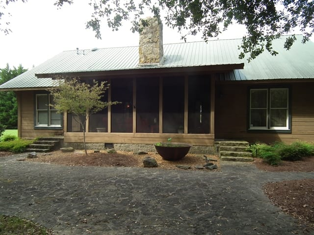 5 Macduff Lodge Back Porch