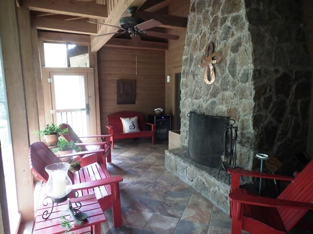 6 Macduff Lodge Porch