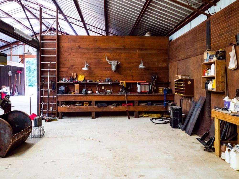 Barn Work Area 1024x768 1