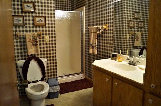 Bathroom 2 Cabin Clifton