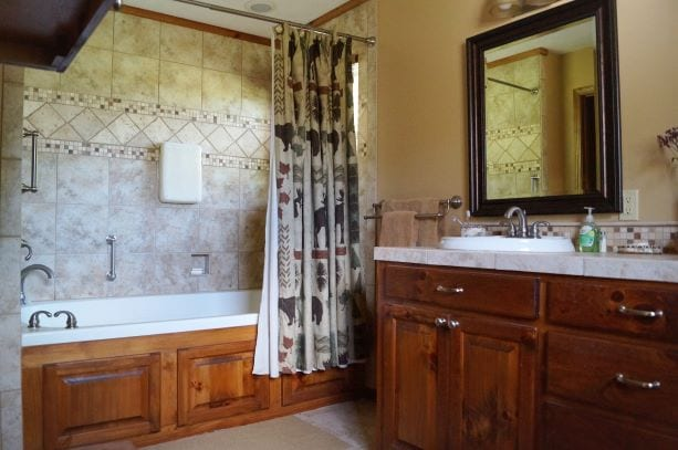 Bathroom Cabin Clifton