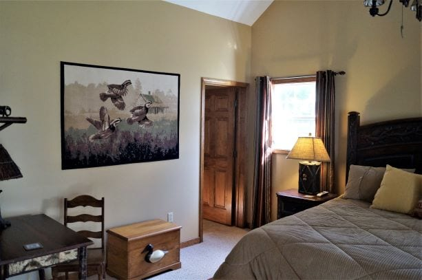 Bedroom 2 Cabin Clifton