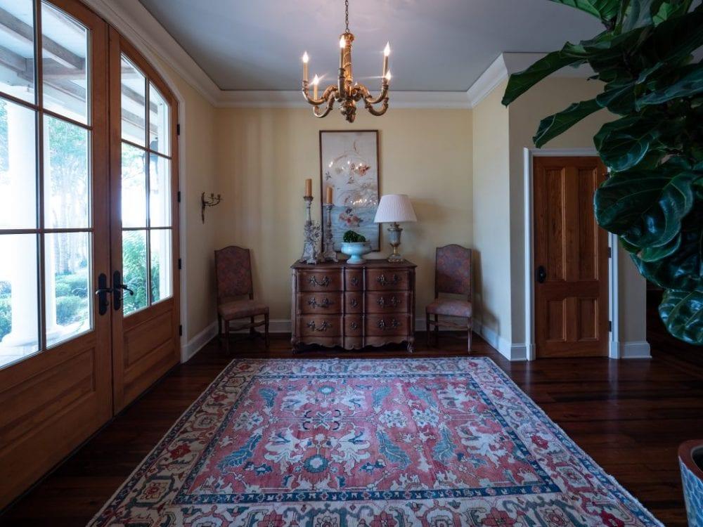 Foyer 1024x768 1
