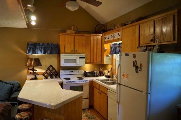 Kitchen Cabin Clifton
