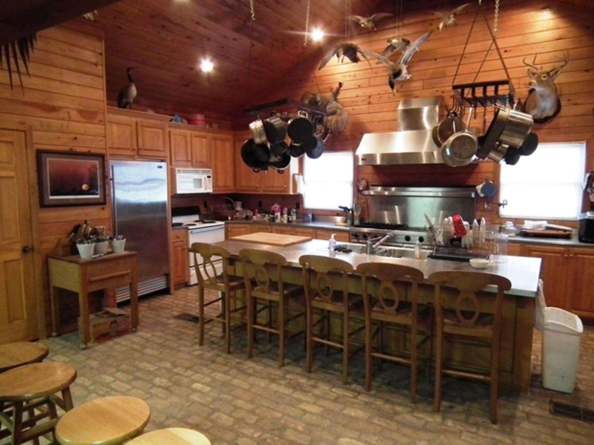 4-Chefs-Kitchen