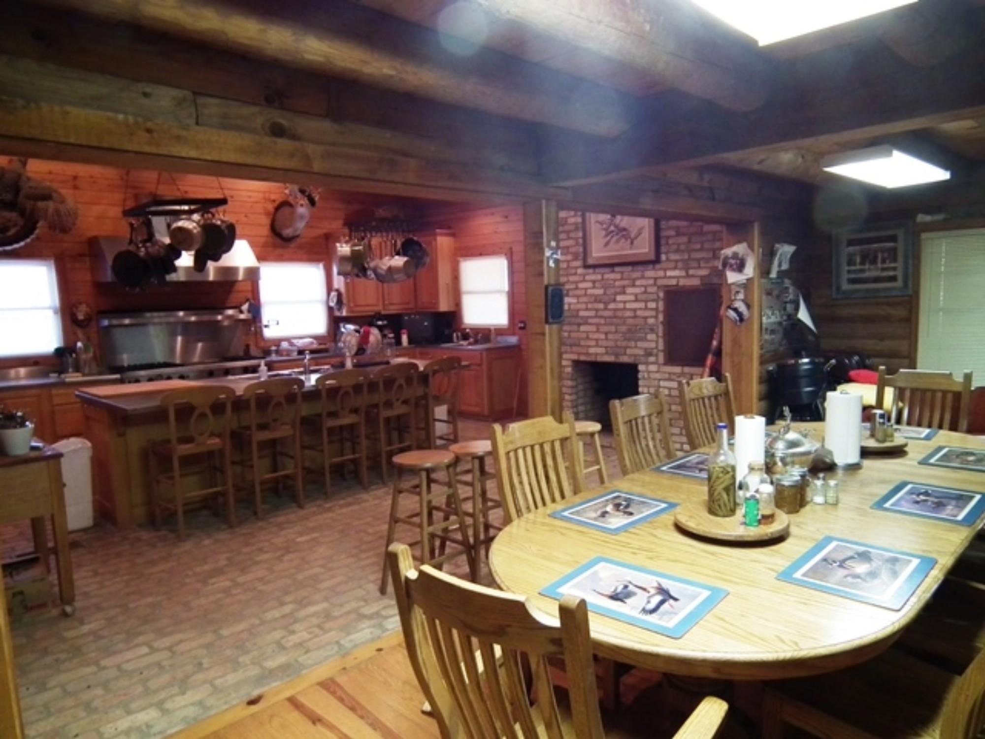 7-Dining-Kitchen